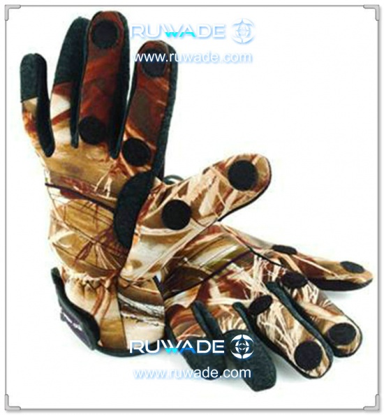 fold-back-neoprene-fishing-gloves-rwd003