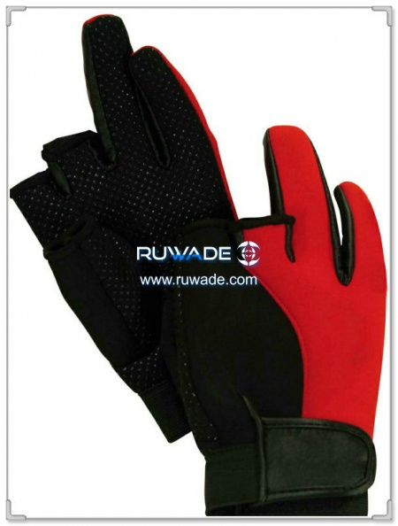 low-cut-neoprene-fishing-gloves-rwd001.jpg