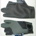low-cut-neoprene-fishing-gloves-rwd003