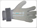 thick-full-finger-neoprene-sport-gloves-rwd011-2