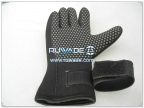 thick-full-finger-neoprene-sport-gloves-rwd040-1