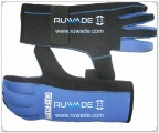 thick-full-finger-neoprene-sport-gloves-rwd048