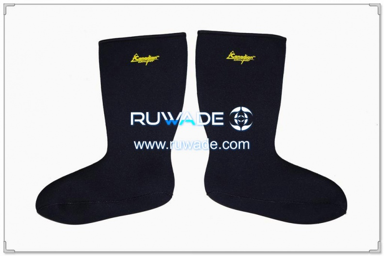 neoprene-high-socks-rwd004-1.jpg