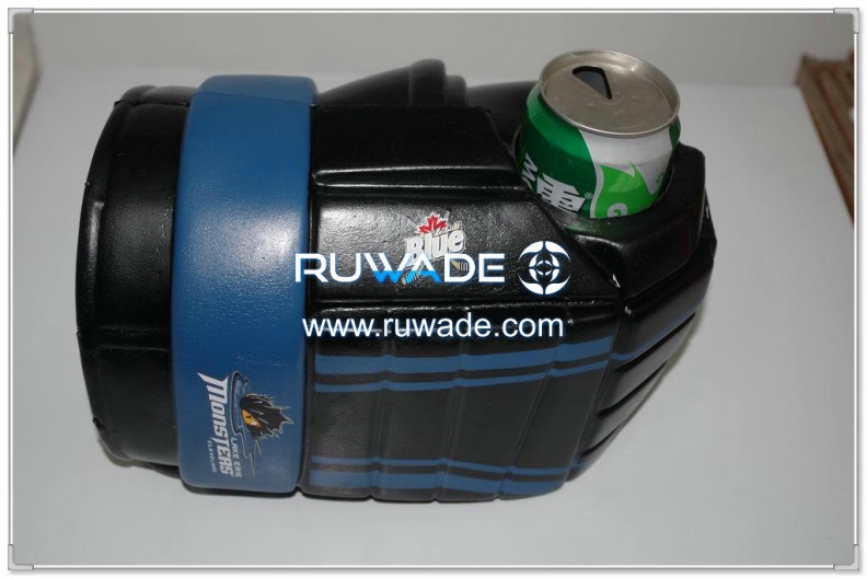 foam-hockey-glove-can-cooler-holder-rwd015-01.jpg