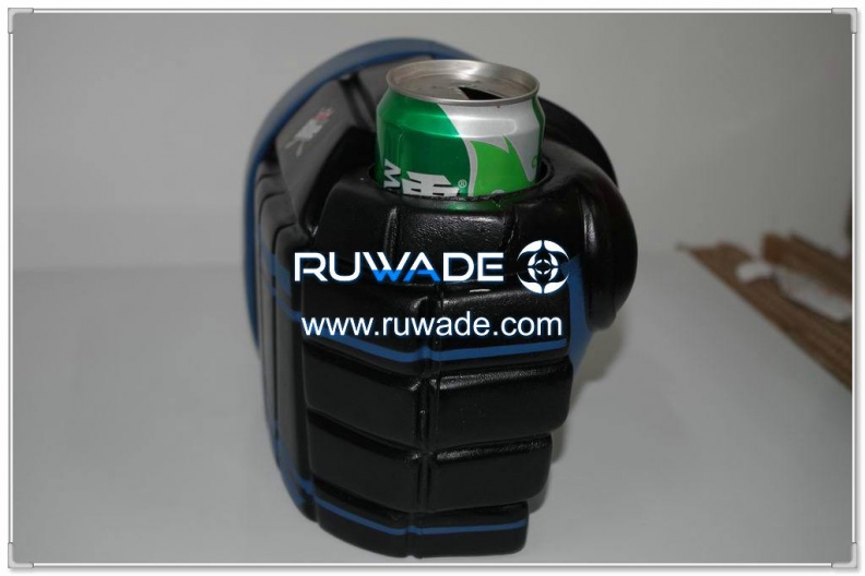 foam-hockey-glove-can-cooler-holder-rwd015-05.jpg
