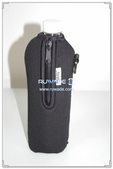 neoprene-water-beverage-bottle-cooler-holder-insulator-rwd080-1