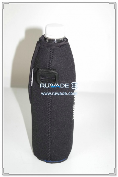 neoprene-water-beverage-bottle-cooler-holder-insulator-rwd080-2