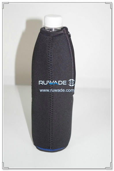 neoprene-water-beverage-bottle-cooler-holder-insulator-rwd080-4.jpg