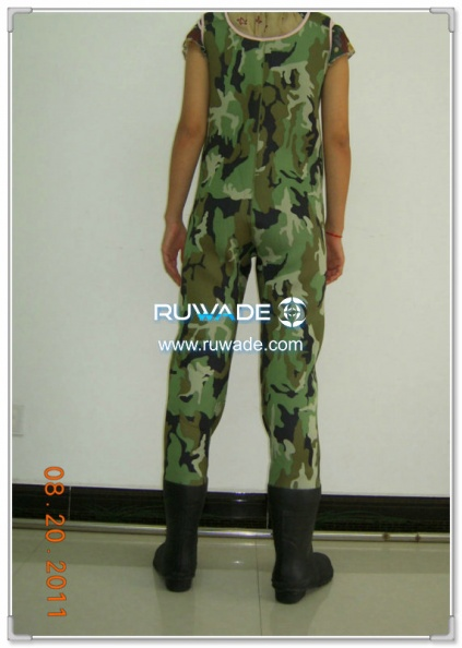 women-camo-neoprene-chest-fishing-wader-rwd005-1.jpg