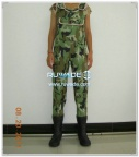 women-camo-neoprene-chest-fishing-wader-rwd005