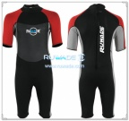 short-sleeve-shorty-wetsuit-back-zip-rwd116-1
