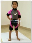 short-sleeve-shorty-wetsuit-back-zip-rwd119-2