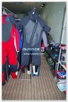 short-sleeve-shorty-wetsuit-front-zip-with-hood-rwd002-2