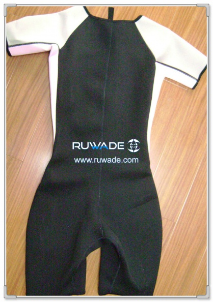 short-sleeve-shorty-wetsuit-front-zip-rwd002-2.jpg