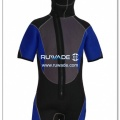 short-sleeve-shorty-wetsuit-front-zip-with-hood-rwd005-1